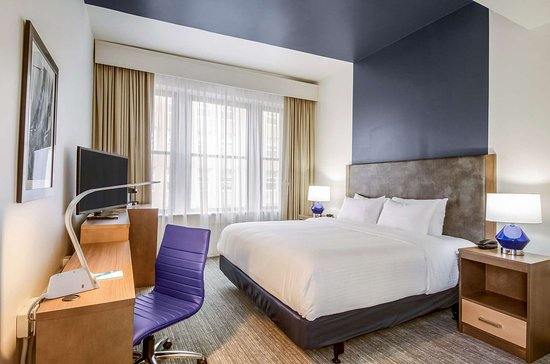 New Bedford Harbor Hotel, an Ascend Hotel Collection Member: Guest room with king bed(s)