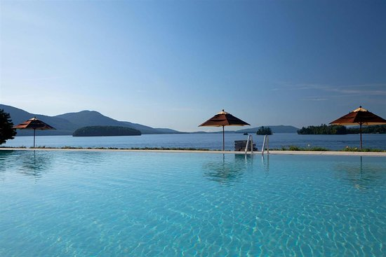 The Sagamore Resort: Outdoor Infinity Pool View