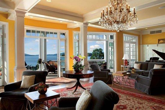 The Sagamore Resort: Lobby View