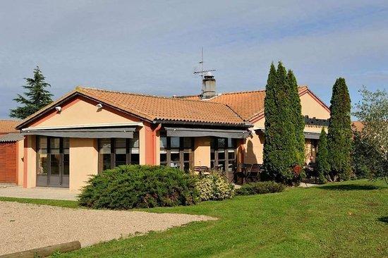 La Creche, France : Exterior View