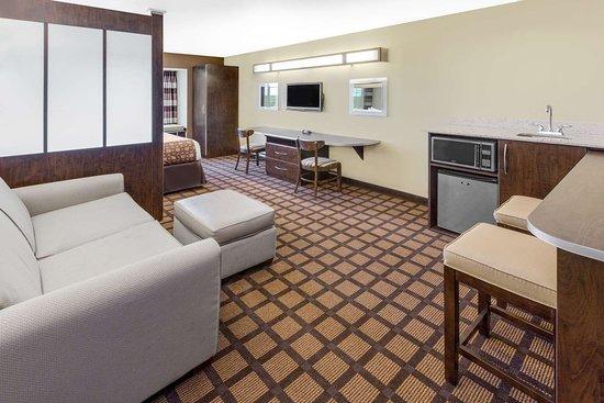 Ozark, Алабама: Suite
