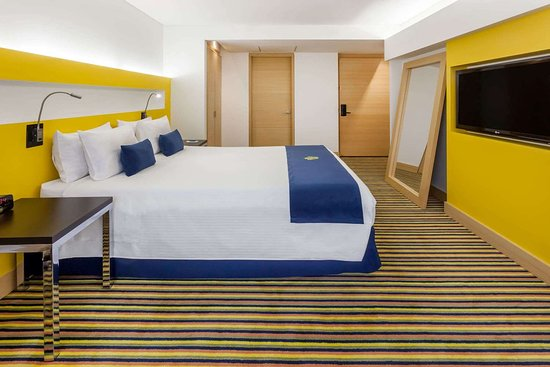 Wyndham Bogota: Guest room
