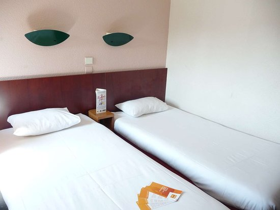 Igny, France: Guest Room