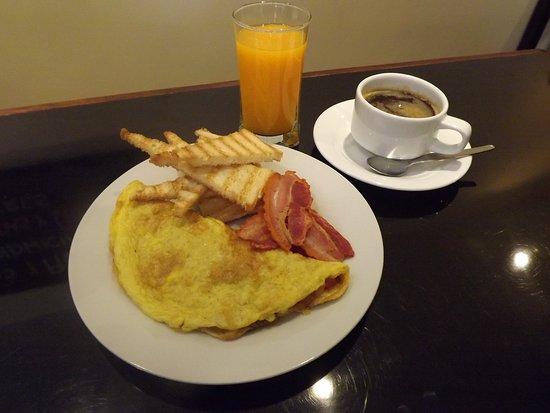 Cafe con fe: Desayuno americano