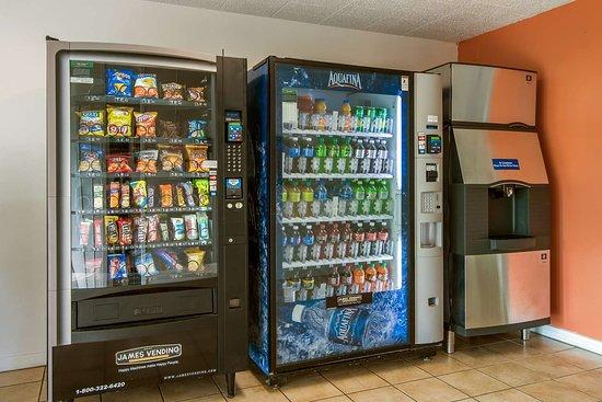 New Stanton, PA: Vending