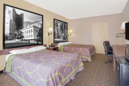 Super 8 by Wyndham Ashland: Guest room