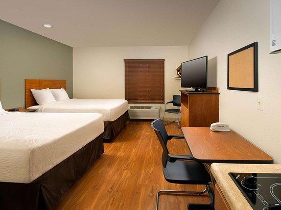 WoodSpring Suites Ankeny: Generic WoodSpring Suites Two Bed Suite x