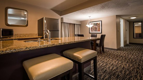 Best Western Los Alamitos Inn & Suites: Guest Room Feature