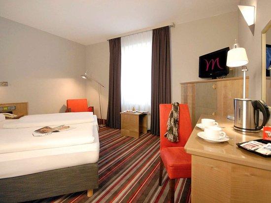 Friedrichsdorf, Germany: Guest room
