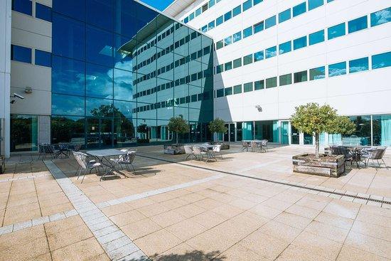 Arora Hotel Gatwick / Crawley: Exterior View