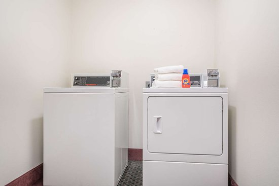 Casselton, ND: Guest Laundry