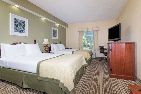 Baymont by Wyndham Lakeland: 2 Double Bed Room