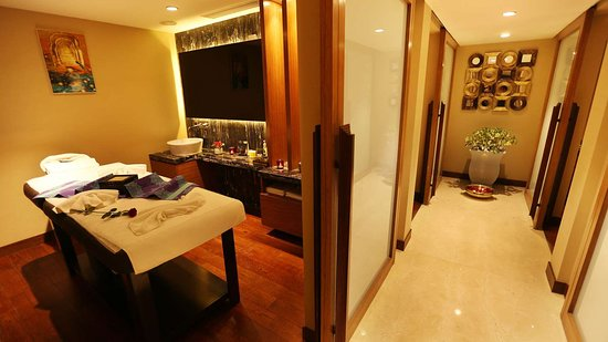 Pride Plaza Hotel Aerocity, New Delhi: Spa