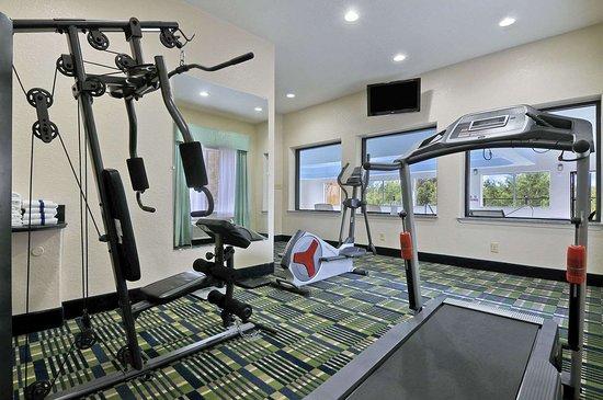 Hewitt, TX: Fitness Centre