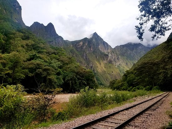 Lorenzo Expeditions: Day 3 hike- almost all flat on railroad tracks.