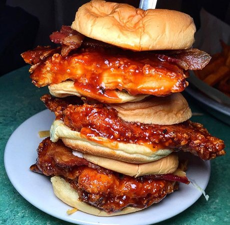 Duke's: Crispy Chicken Sliders