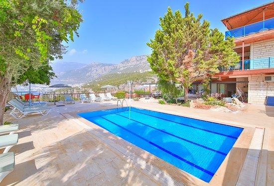 Villa Dündar Yüzme havuzu