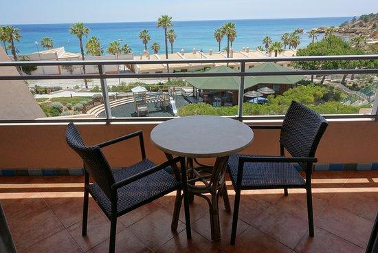 Grande Real Santa Eulalia Resort & Hotel Spa: Terrrasse de la chambre