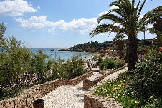 Grande Real Santa Eulalia Resort & Hotel Spa: descente à la plage