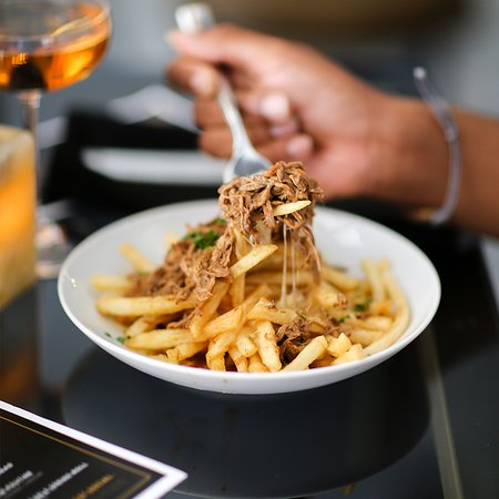 New Orleans Social House: BEEF SHORT RIB POUTINE