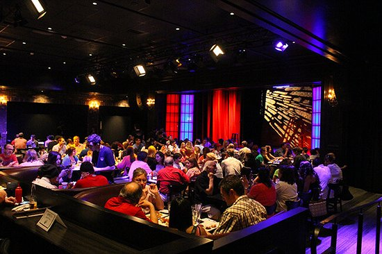 Brea, Kalifornien: Fun at the Irvine Improv Comedy Club