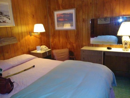 Silver Sands Motel & Beach Cottages Photo