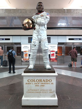 United Airlines: UA739 DEN to PHX - Astronaut John Swigert Statue at AirTrain Station in Terminal B