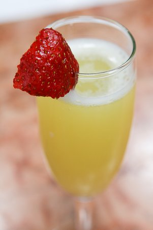 Capers Eat & Drink: Bottomless Mimosa