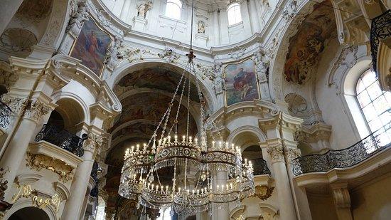 Церковь Святого Николая: St. Nicholas Church