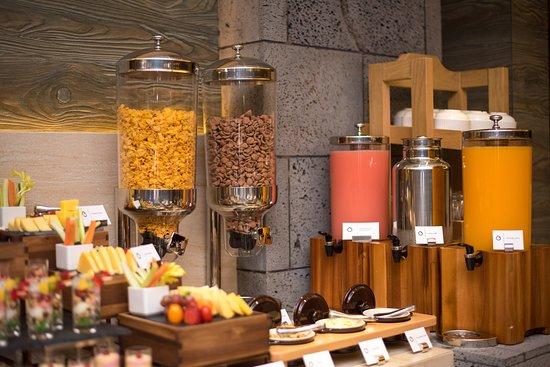 Samann Grand: Buffet Breakfast Restaurant