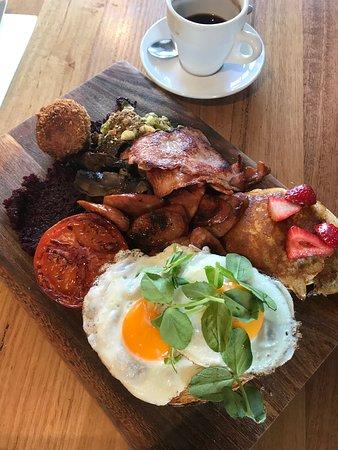 Ripper big breakfast