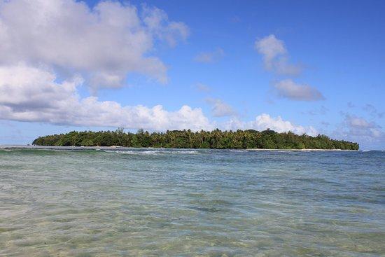 Rah Paradise Bungalows: entire Rah Island