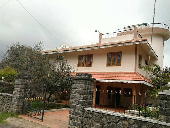 Kodai home stay kodaikanal hotel reviews photos tripadvisor for Resorts in kodaikanal with swimming pool