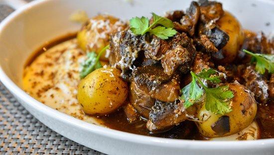 Zamos Cafe Bar Resto: Mushroom Ragout, celery, fresh truffle