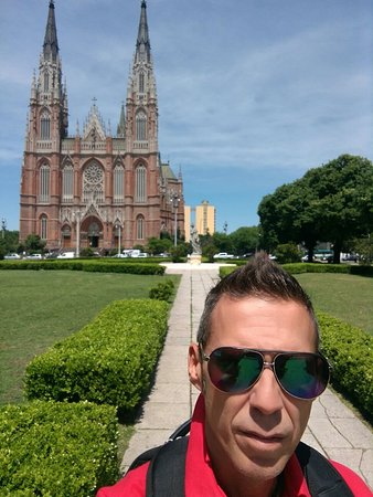 La Plata, Аргентина: La capital de provincia de Buenos Aires... El Cathedral...