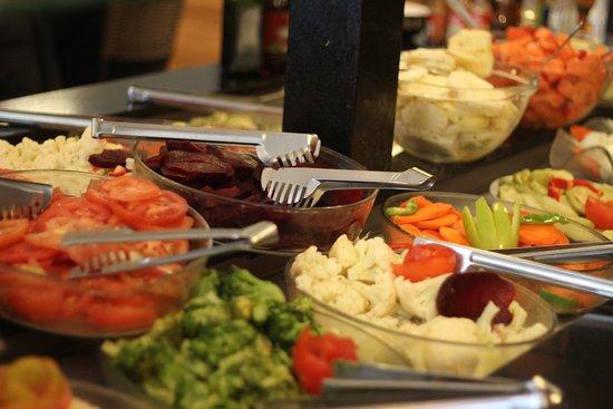 Dom Pepe Pizzaria: Buffet de Saladas.