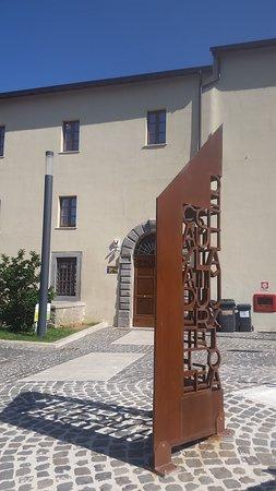 Ex Convento del Carmine: L'ingresso