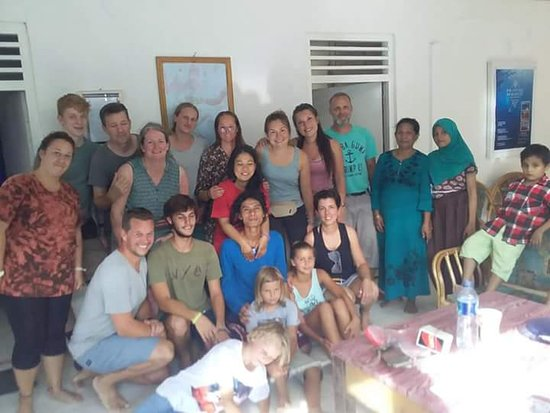 Suprise Birthday Celebration one of our Guest – Harry & Mimin Homestay, Gorontalo fényképe
