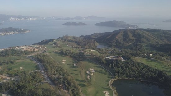 Discovery Bay: Walk up  to the golf course to see these views