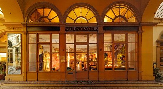 Wolff & Descourtis: 1956 Wolff et Descourtis déménage d'Elbeuf et s'installe dans le quartier Vivienne.