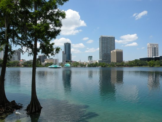 Орландо, Флорида: Lake Eola Park, Orlando, Florida - Aprile 2012