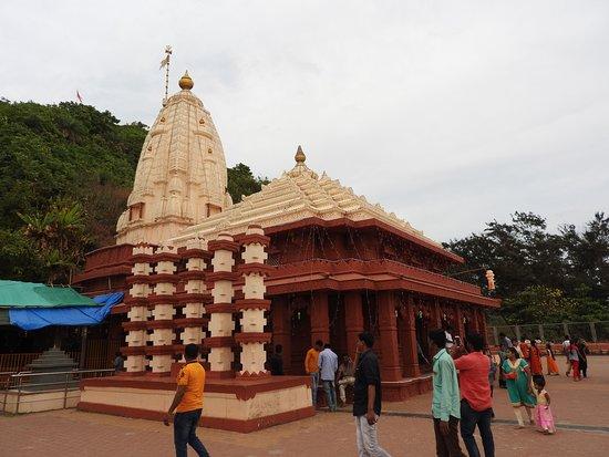 Swayambhu Ganpati Temple: Swayambhu Ganapati Temple