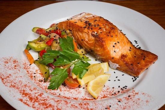 Пунта-дель-Эсте, Уругвай: Salmon grillé