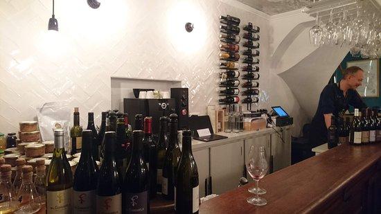 Wine Therapy: wine theray  le bar , et , le patron