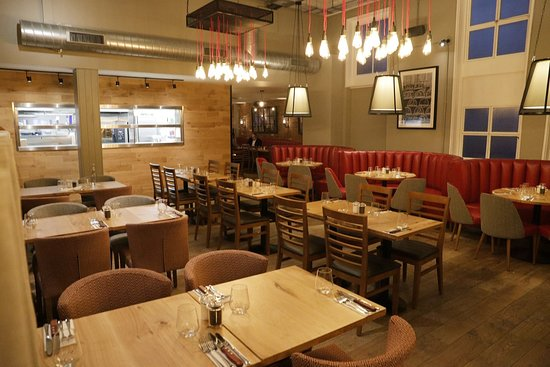 Middletons Steakhouse & Grill Chelmsford: Interior