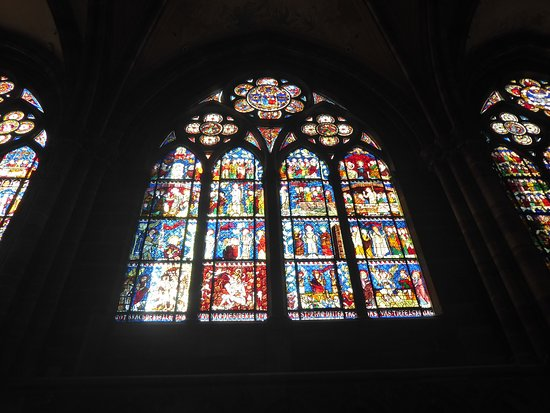 Cathedrale Notre Dame de Strasbourg: Stained Glass Window