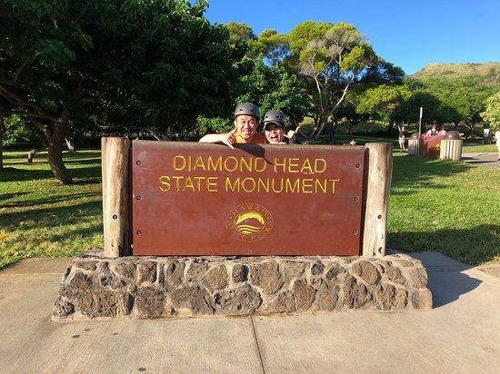 URB-E Hawaii: ダイアモンドヘッドに到着