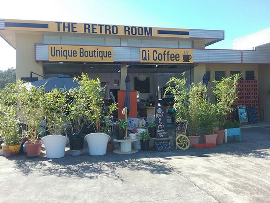 The Retro Room, Unique boutique and Qi coffee. Open from 6am Wednesday, Thursday and Friday and 7am Saturday and Sunday for your coffee fix.