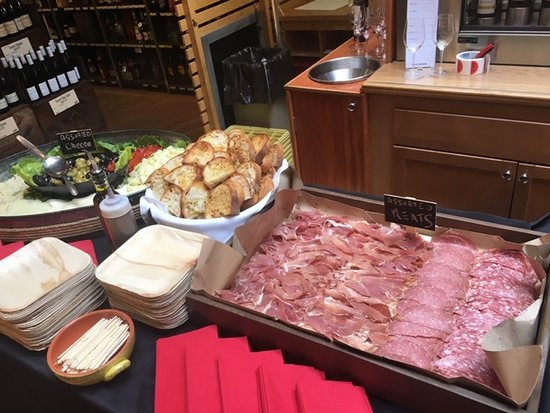 Mamaroneck, نيويورك: Off Premise Meat & Cheese