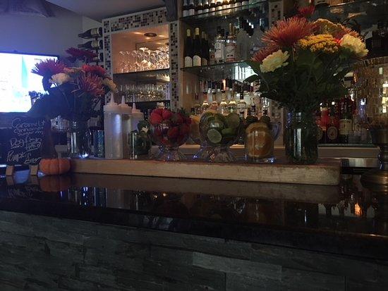 Mamaroneck, نيويورك: Specialty Cocktail Preparation